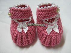 Olá meninas, boa noite a todas!!! Olhem só que maravilha de sapatinho, parece uma sapatilha de princesa né. É um modelito defe...