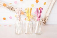 treat-sticks sold by Pinkfisch in Switzeralnd http://www.pinkfisch.ch/shop/alles-fuer-die-party/cake-pops-sticks-holzbesteck
