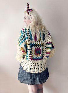 Fabulous Crochet a Little Black Crochet Dress Ideas. Georgeous Crochet a Little Black Crochet Dress Ideas. Crochet Coat, Crochet Jacket, Crochet Cardigan, Crochet Granny, Crochet Yarn, Crochet Clothes, Crochet Stitches, Crochet Patterns, Afghan Crochet