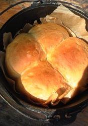 ダッチオーブンdeパン レシピ・作り方 by tacTAC|楽天レシピ Dutch Oven Cooking, Cornbread, Mashed Potatoes, Food And Drink, Ethnic Recipes, Outdoors, Millet Bread, Whipped Potatoes, Smash Potatoes