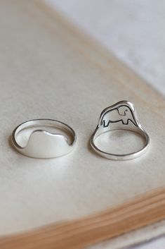 Silver Ring Designs, Silver Rings, Cute Jewelry, Jewelry Accessories, Princes Ring, Prince Wedding, The Little Prince, Matching Rings, Couple Rings