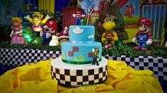 Toque Diferente: Aniversário Súper Mario Bros - Parte II Bolo cenográfico de isopor e pasta americana  Super Mario Bros Party - fake cake