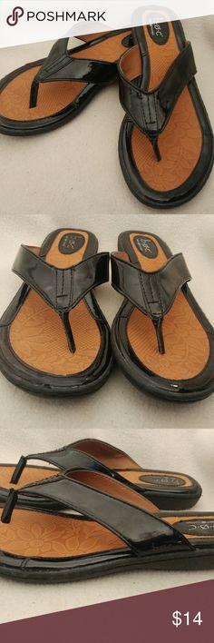 Women's boc sandal thong flip flop size 9