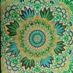 Grün-gelbes Mandala