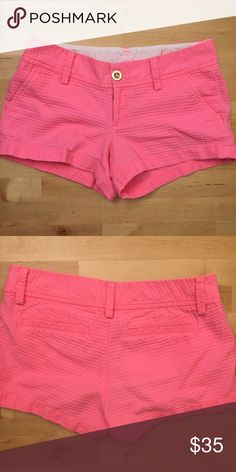 Lilly Pulitzer pink walsh shorts 🌴💖 3-inch shorts in hot pink from Lilly Pulitzer. Only worn a few times! 💖 Lilly Pulitzer Shorts