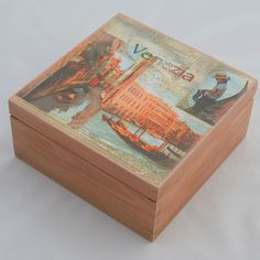 Wooden box with a view of Venice