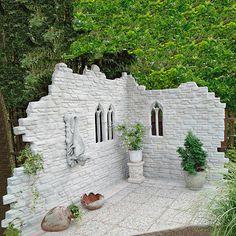 Garten-Deko-Ruine Kingsborough Garden deco ruin Kingsborough - There is always something to discover Garden Deco, Garden Art, Diy Garden, Back Gardens, Outdoor Gardens, Backyard Patio, Backyard Landscaping, Walled Garden, Garden Cottage