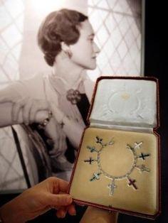 Wallis Simpson, Duchess of Windsor Wallis Simpson, Eduardo Viii, Royal Crowns, Royal Jewelry, Vintage Jewellery, Family Jewels, Crown Jewels, Duke And Duchess, British Royals