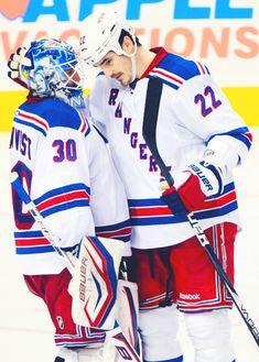New York Rangers - Henrik Lundqvist & Brian Boyle.yeah I think I just swooned a bit Rangers Hockey, Hockey Goalie, Hockey Players, Ice Hockey, New York Rangers, Hershey Bears, Hockey Pictures, Henrik Lundqvist, Hockey World