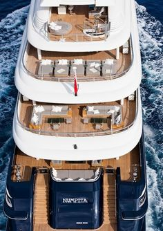 Luxury Motor Yacht Numptia by Rossinavi - designed by Tommaso Spadolini and interior by Salvagni Architetti Luxury Yacht Interior, Luxury Jets, Boat Interior, Luxury Yachts, Homemade Xmas Decorations, Yacht Boat, Yacht Design, Super Yachts, Motor Boats