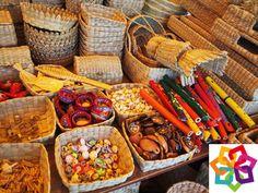 Michoacán se viste de gala, al poder presentar del 30 de Abril al 18 de Mayo, una feria en donde puede demostrar toda la riqueza de su cultura, gastronomía y la variedad de artesanías hechas de diferentes materiales.