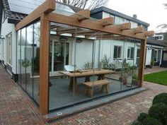 Jaw-Dropping kleine Terrasse mit Glaswänden Ideen zu kopieren The Effective Pictures We Offer You About how to build a Pergola A quality picture can tell you many things. You can find the most bea Pergola With Roof, Outdoor Pergola, Backyard Pergola, Patio Roof, Corner Pergola, Covered Pergola, Metal Pergola, Cheap Pergola, Pergola Lighting