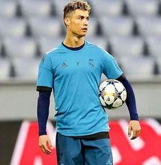 Cristiano Ronaldo 7, Ronaldo Juventus, Neymar, Messi, James Rodrigues, Ronaldo Quotes, Ronaldo Wallpapers, Fifa 20, Isco