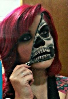 Awesome Halloween make up, they sell these zipper kits at Walmart . Halloween Makeup halloween makeup at walmart Maske Halloween, Halloween Men, Halloween Makeup Looks, Zipper Face Halloween, Happy Halloween, Halloween Skull Makeup, Epic Halloween Costumes, Pretty Halloween, Halloween Photos