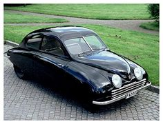 Dec Swedish automaker Saab is bankrupt. The picture shows the first Saab prototype from back in Saab 900, Vintage Cars, Antique Cars, Saab Automobile, Jaguar, Concours D Elegance, Car Images, Bing Images, Mustang