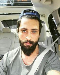 Those Eyes Handsome Bearded Men, Male Eyes, Ideal Man, Beard No Mustache, Mature Men, Turkish Actors, Great Hair, Male Beauty, Cool Eyes