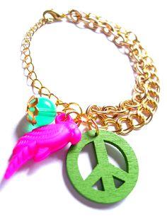 Pulsera doble con papagayo de color y símbolo paz