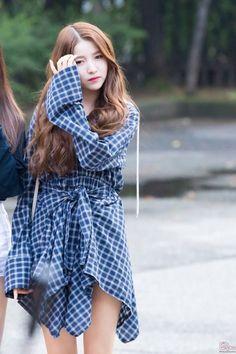 Kpop Fashion, Korean Fashion, Fashion Models, South Korean Girls, Korean Girl Groups, Seoul, Gfriend Sowon, G Friend, Entertainment