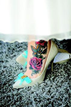 """Résultat de recherche d'images pour """"tatouage papillon vintage pied"""""""