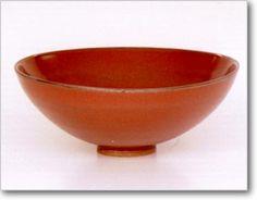 白磁柿釉小碗   定窯  [宋時代]   A.D.11~12世紀  口径 14cm  Sung Dynasty. CHINA,           11th-12th century. A.D.  White porcelain bowl,  covered with a rust-brown graze.  Ting ware.  M.D.14cm.