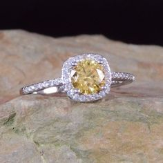 Great K White Gold Canary Yellow Citrine u White Sapphire Ring
