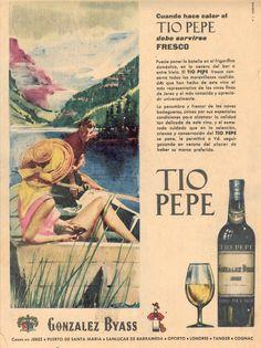 """1962: """"Cuando hace calor el Tio Pepe debe servirse fresco"""". González Byass. Dibujo de lago."""