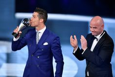 Cristiano Ronaldo was named the world's best player at the 2017 Best Fifa Football Awards in London. The Real Madrid and Portugal forward beat Barcelona's Lionel Messi and Paris St-Germain's Neymar to the honour. Fifa Football, Football Awards, World Football, Football Players, Lionel Messi, Real Madrid, Ballon D'or, Cristiano Ronaldo Quotes, George Weah