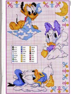 Motifs de point de croix Disney - New Ideas Disney Cross Stitch Patterns, Cross Stitch For Kids, Cross Stitch Baby, Cross Stitch Animals, Cross Stitch Charts, Cross Stitch Designs, Disney Stitch, Cross Stitching, Cross Stitch Embroidery