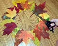Осенний декор. Венок из осенних листьев своими руками