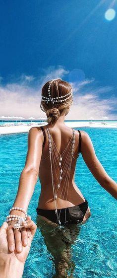 Follow me to the Maldives...