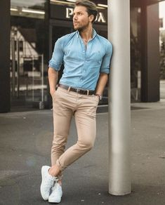 41 The best white sneakers for men - Buissnes Mode - . 41 The Best of White Sneakers for Men's Style - Buissnes Mode - . 41 The Best of White Sneakers for Men's Style - Buissnes Mode - Stylish Men, Men Casual, Casual Styles, Smart Casual, White Casual, Best White Sneakers, Yellow Sneakers, Mode Man, Smart Men