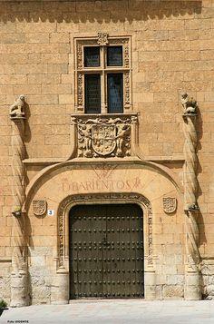 Fachada Palacio de Montarco, Plaza del Conde (Ciudad Rodrigo)