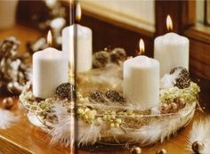 Advent wreath with feathers