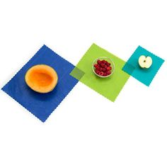etee beeswax food wraps are a natural, better way to store your food. Preserve your food and protect your family - naturally - with our reusable beeswax food wraps. Made in Canada from all natural ingredients. 90 day money back guarantee! Reusable Food Wrap, Cinnamon Essential Oil, Essential Oils, Beeswax Food Wrap, Wraps, Green Wrap, Blue Food, Organic Oil, Organic Cotton