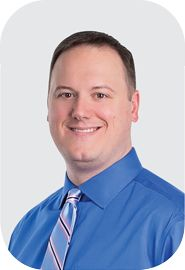 Fellowship-trained orthopaedic trauma surgeon Dr. Houseman specializes in orthopaedic trauma surgery. He graduated from Northeastern University in Athletic Training. After working as an athletic trainer, Dr. Houseman graduated medical school from Philadelphia College of Osteopathic Medicine.
