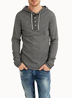 Magasinez des Tee-Shirts et Chandails pour Homme en ligne | Simons