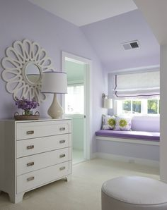 Lilac bedroom with window seat