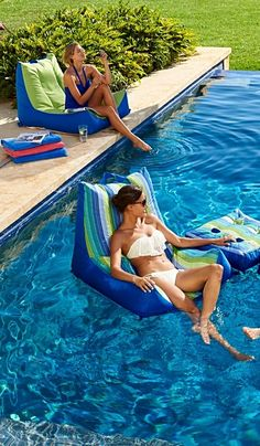 Sit back, relax and float the day away on our ultra-comfy Oasis Pool Lounger.