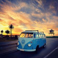 Another view of cool vintage wheels at Currumbin last weekend... #car #vintage #vintagecar #wheels #retro #classiccars #currumbin #hut12 #currumbinalley #currumbinbeach #sky #clouds #coast #goldcoast #queensland #qld #australia #goldcoast4u  #goldcoasttourism #discoverqueensland #visitgoldcoast #visitqueensland #australia_shotz #ourgoldcoast #igaustralia #ig_australia #ig_sharepoint #thisisqueensland #kombi #surfing by nancello_photo http://ift.tt/1X9mXhV