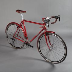 This is too beautiful to race on, but it would be a fun rain rider. Not an essential, like the sportif, but a nice bike none-the-less.