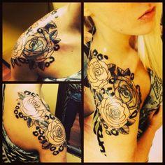 Beautiful Rose and Cheetah Print Shoulder Tattoo for Women