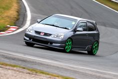 Road performance with these coilovers is great, the spring rates aren't too hard as to break your back over every little bump but. Honda Hatchback, Honda Type R, Honda Civic Type R, Car Manufacturers, Cars And Motorcycles, Dream Cars, Mustang, The Incredibles, Japan Cars