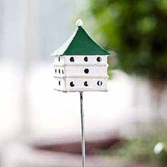 Miniature martin house traditional bird house with pick measures H Fairy Garden Supplies, My Fairy Garden, Fairy Gardening, Garden Fun, Garden Animals, Miniature Fairy Gardens, Miniature Dollhouse, Fairy Garden Accessories, Fairy Houses