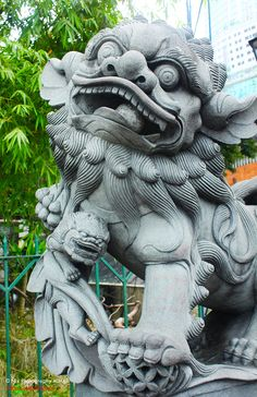 Foo Dog and Pup.Shishi by Nikki Who, via Chinese Lion Dance, Chinese Dog, Foo Dog Tattoo, Asian Sculptures, Stone Lion, Fu Dog, Art Asiatique, Lion Dog, Oriental Tattoo