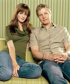 Logan and Rory~Gilmore Girls Gilmore Girls Logan, Rory And Logan, Team Logan, Rory Gilmore Hair, Rory Gilmore Style, Fangirl, Matt Czuchry, Glimore Girls, The Way He Looks