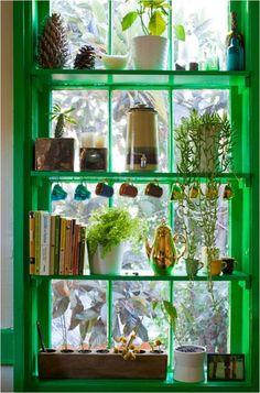 Зеленые кухонные окна http://styldoma.ru/poleznoe/kuhonny-e-okna-zavershayut-inter-er