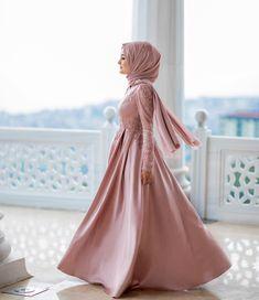 Hijab Evening Dress, Nikkah Dress, Hijab Dress, Blouse Dress, Muslim Fashion, Hijab Fashion, Fashion Outfits, Women's Fashion, Simple Elegant Dresses