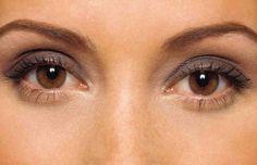 """Eye Care"" through Ayurveda-Do not shower with hot water, Eat Turnips,Spinach, C. Beautiful Brown Eyes, You Look Beautiful, Ayurveda, Beauty Care, Beauty Hacks, Makeup Tips, Eye Makeup, Makeup Ideas, Eyes Wallpaper"