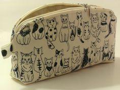Federmäppchen - Tasche, Mäppchen Katze, glückliche, schwarz, weiss - ein Designerstück von HandansHerz bei DaWanda