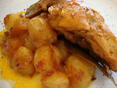 Yummy Mummy, Greek Recipes, Chicken Wings, Poultry, Sausage, Food And Drink, Potatoes, Meat, Vegetables